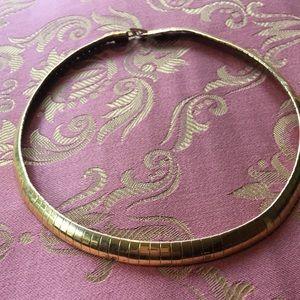Vintage Gold Tone Choker Necklace.